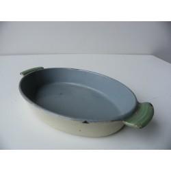 Żeliwne naczynie
