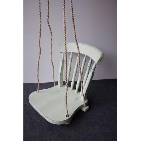 Krzesło w bieli