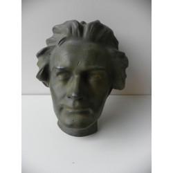 Rzeźba maski