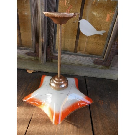 Lampa z minionej epoki